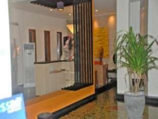 Farila Guest House سورابايا - المظهر الداخلي للفندق