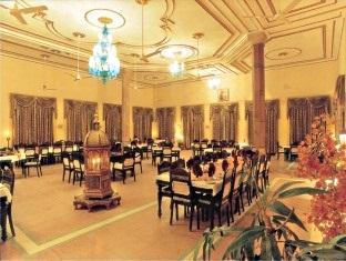 โรงแรม วสันต์ วิฮา พาเลซ พิฆเนร์ - ภัตตาคาร