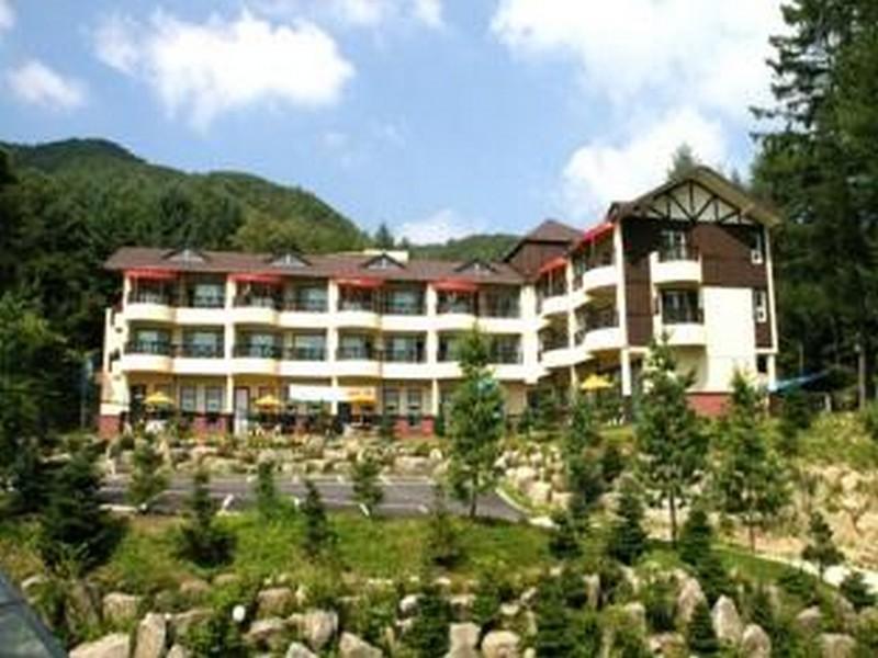 โรงแรม แทกี วัลเล่ย์ รีสอร์ท  (Taegi Valley Resort)