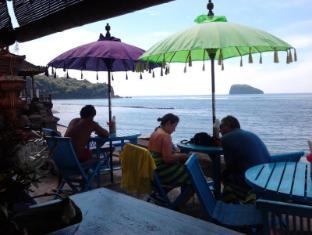 Puri Oka Beach Bungalows Bali - Restaurant