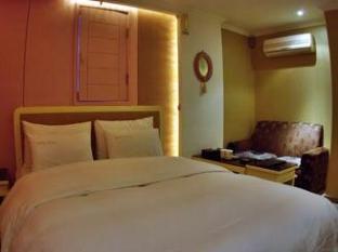 Manhattan Hotel Seoul - Guest Room