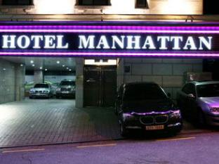 Manhattan Hotel Seoul - Entrance