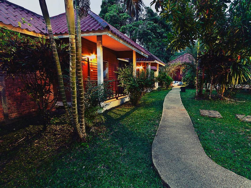 Krathom Khaolak Resort - Hotels and Accommodation in Thailand, Asia