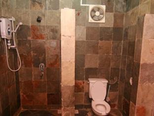 Tanjung Inn Villa De Fedelia Cherating - Bathroom