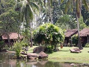 Tanjung Inn Villa De Fedelia Cherating - Exterior