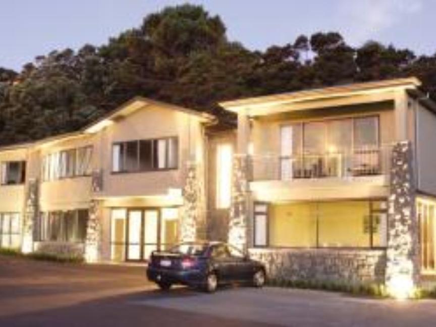 Fernz Lodge and Conference Centre Auckland