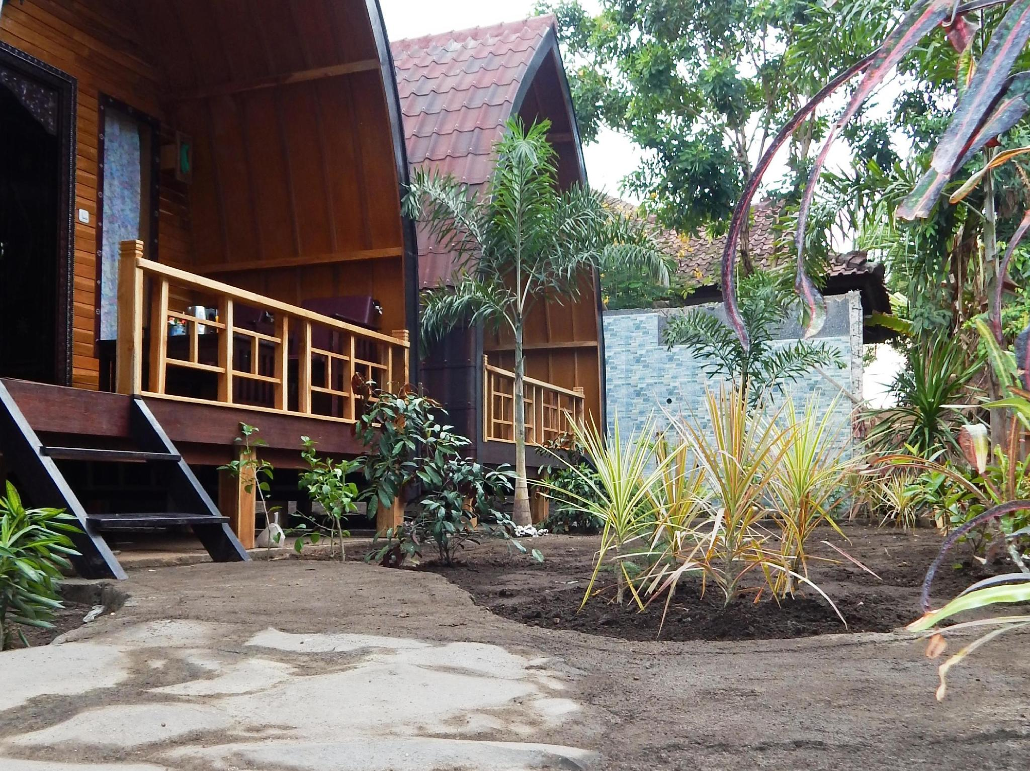 Banana Leaf Bungalow - Hotels and Accommodation in Indonesia, Asia