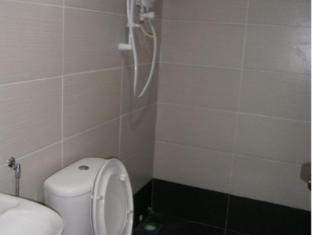 M Joy Hotel Kuala Lumpur - Bathroom
