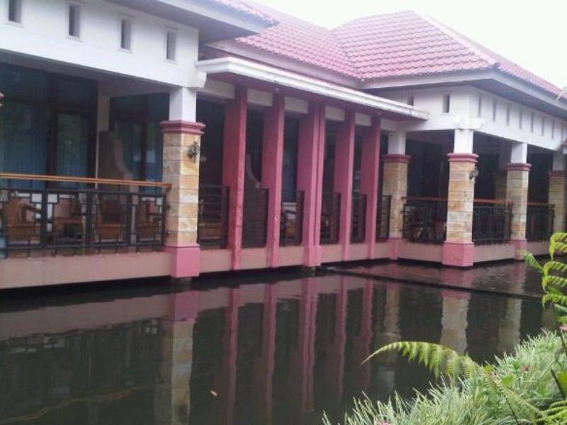 Wisma Pangeran Bukittinggi - Tampilan Luar Hotel
