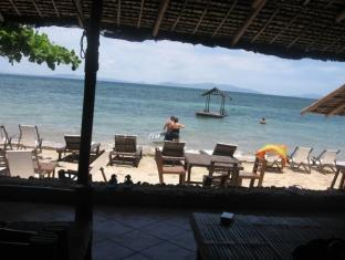 Sunrise Cove Batangas - Beach View