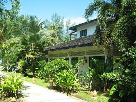 Luckanawadee Boutique Beach Resort - Khao Lak