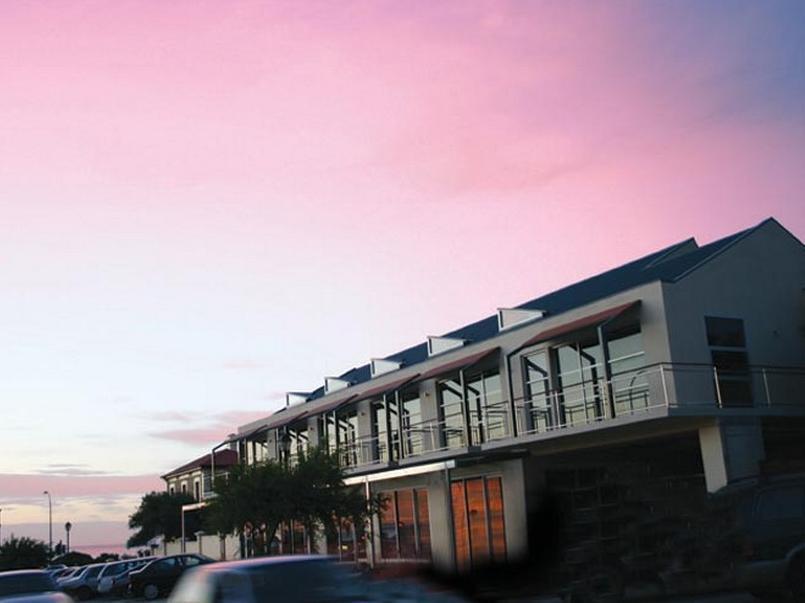 Semaphore Blue Apartments - Hotell och Boende i Australien , Adelaide