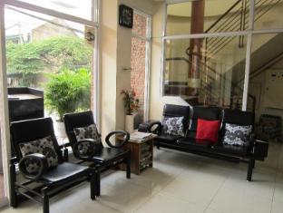Robe's Pension House Cebu - Reception