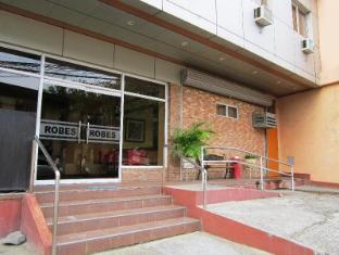 Robe's Pension House Cebu - Entrance
