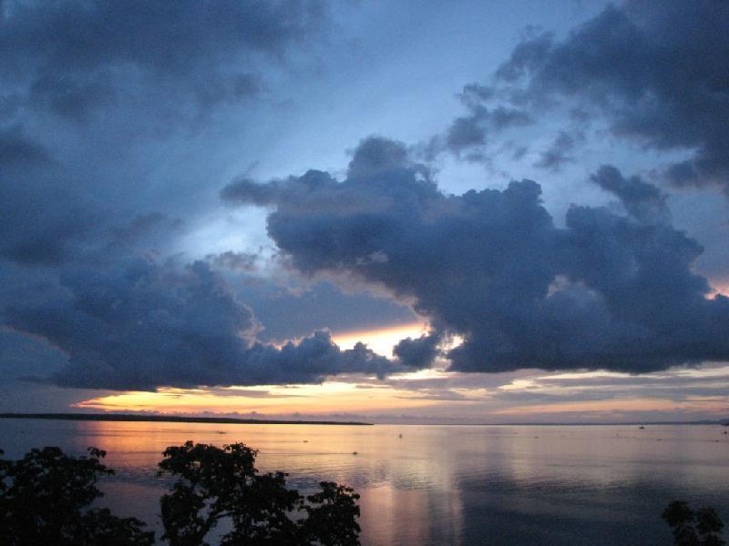 Bantayan Island Nature Park & Resort סבו
