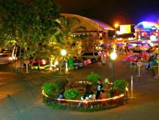El Bajada Hotel Давао - Оточення