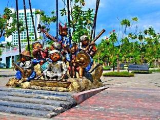 El Bajada Hotel Davao - Persekitaran