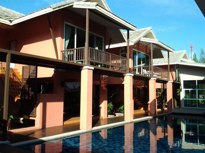 Hotell Luckna House i Kathu_-tt-_Golf_Course, Phuket. Klicka för att läsa mer och skicka bokningsförfrågan