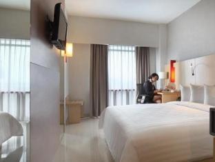 Santika Premiere Dyandra Hotel & Convention – Medan Medan - Konuk Odası