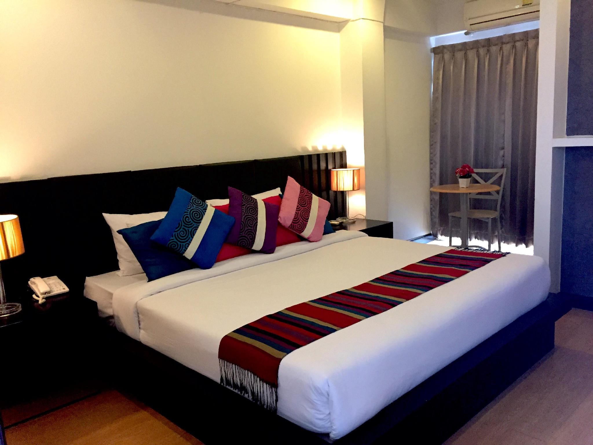Charoenchit House - Hotels and Accommodation in Thailand, Asia