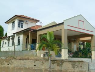 Yaacob's Guest House