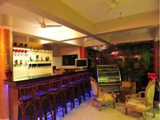 United – 21 Emerald South Goa - Food, drink and entertainment