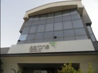 Starlit Select Aarone Residency New Delhi