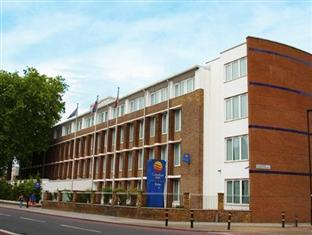 Vauxhall Hotel