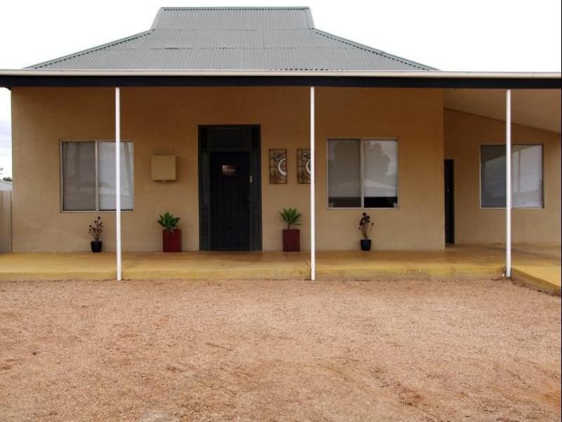 Artmecca Holiday House - Hotell och Boende i Australien , Broken Hill