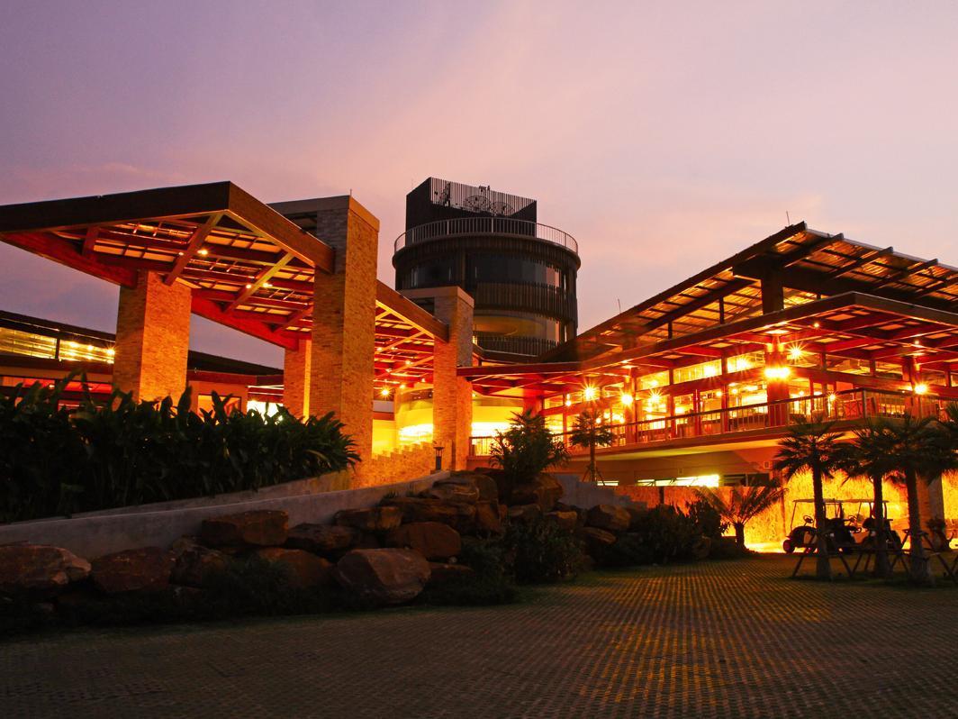 Hotell Mountain Creek Golf Resort and Residences i , Khao Yai / Nakhonratchasima. Klicka för att läsa mer och skicka bokningsförfrågan