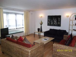 Indurrah Apartment London - 2 Bedroom Apartment - Livingroom