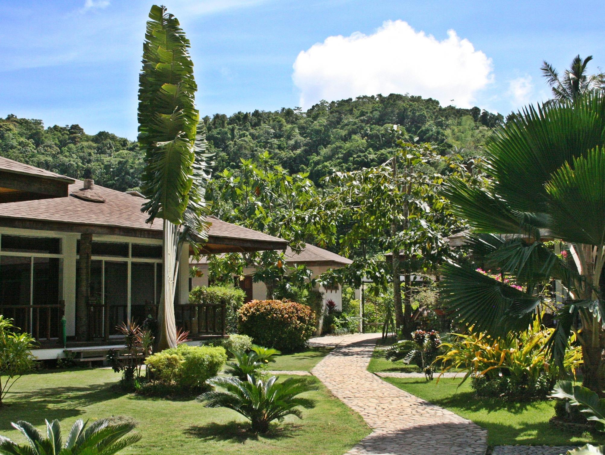 Cadlao Resort and Restaurant24