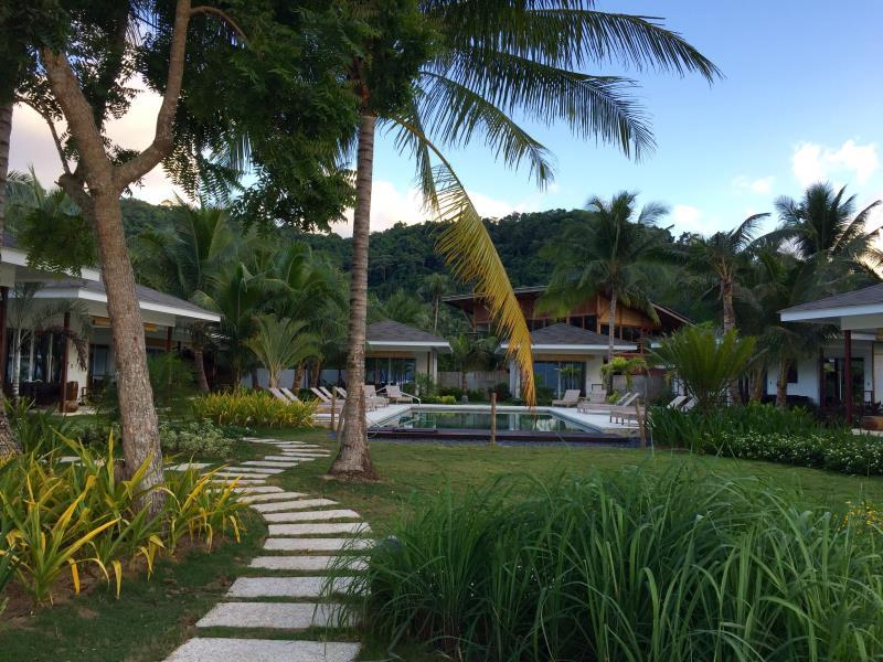 Cadlao Resort and Restaurant58