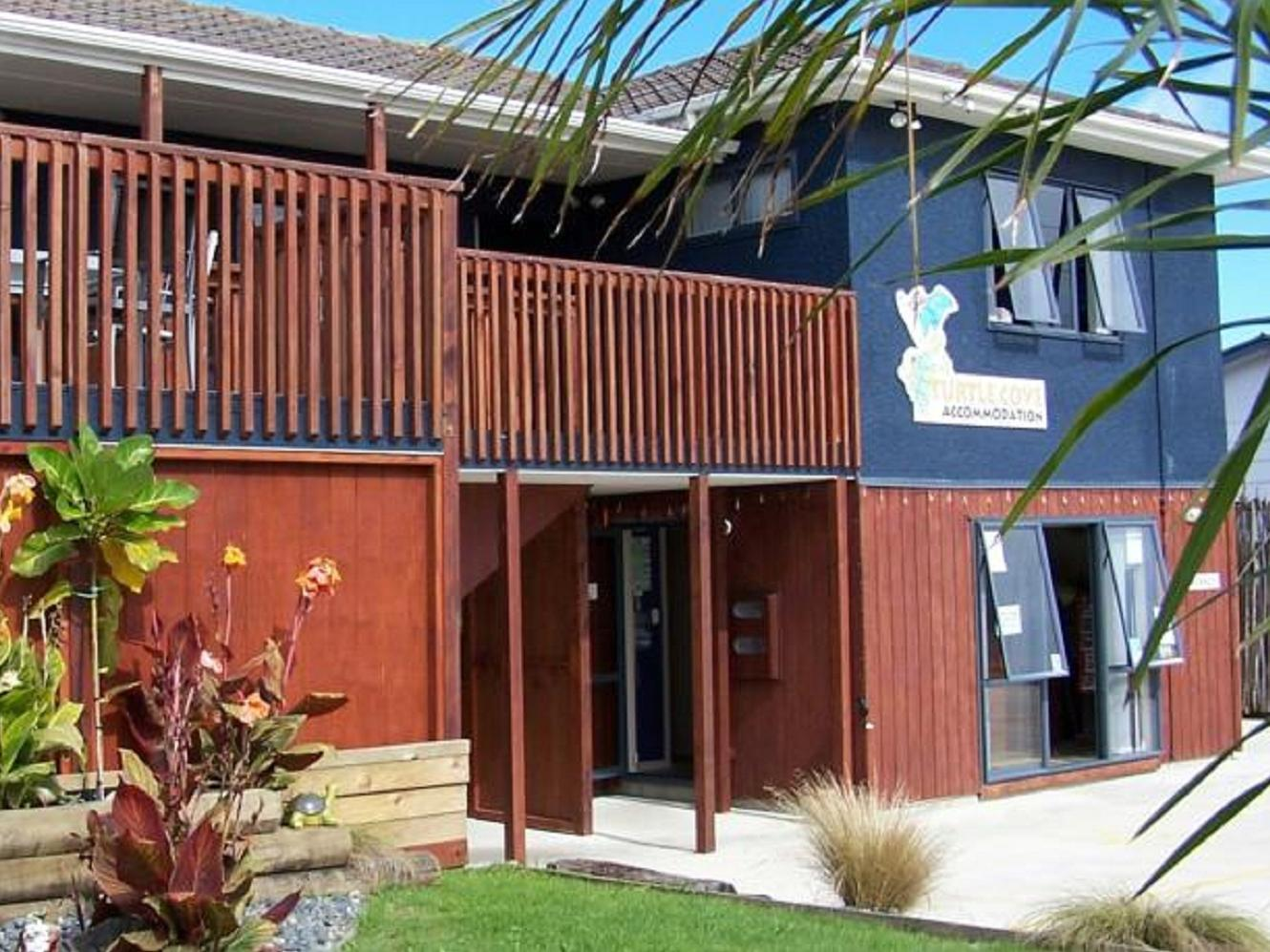 Turtlecove Hostel Accommodation - Hotels and Accommodation in New Zealand, Pacific Ocean And Australia