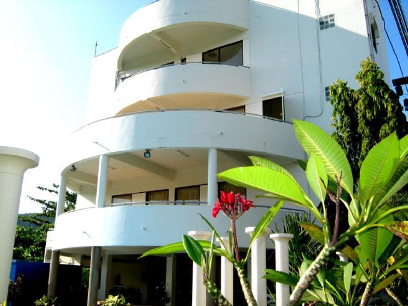 Hotell Nai Harn Apartment i Naiharn, Phuket. Klicka för att läsa mer och skicka bokningsförfrågan