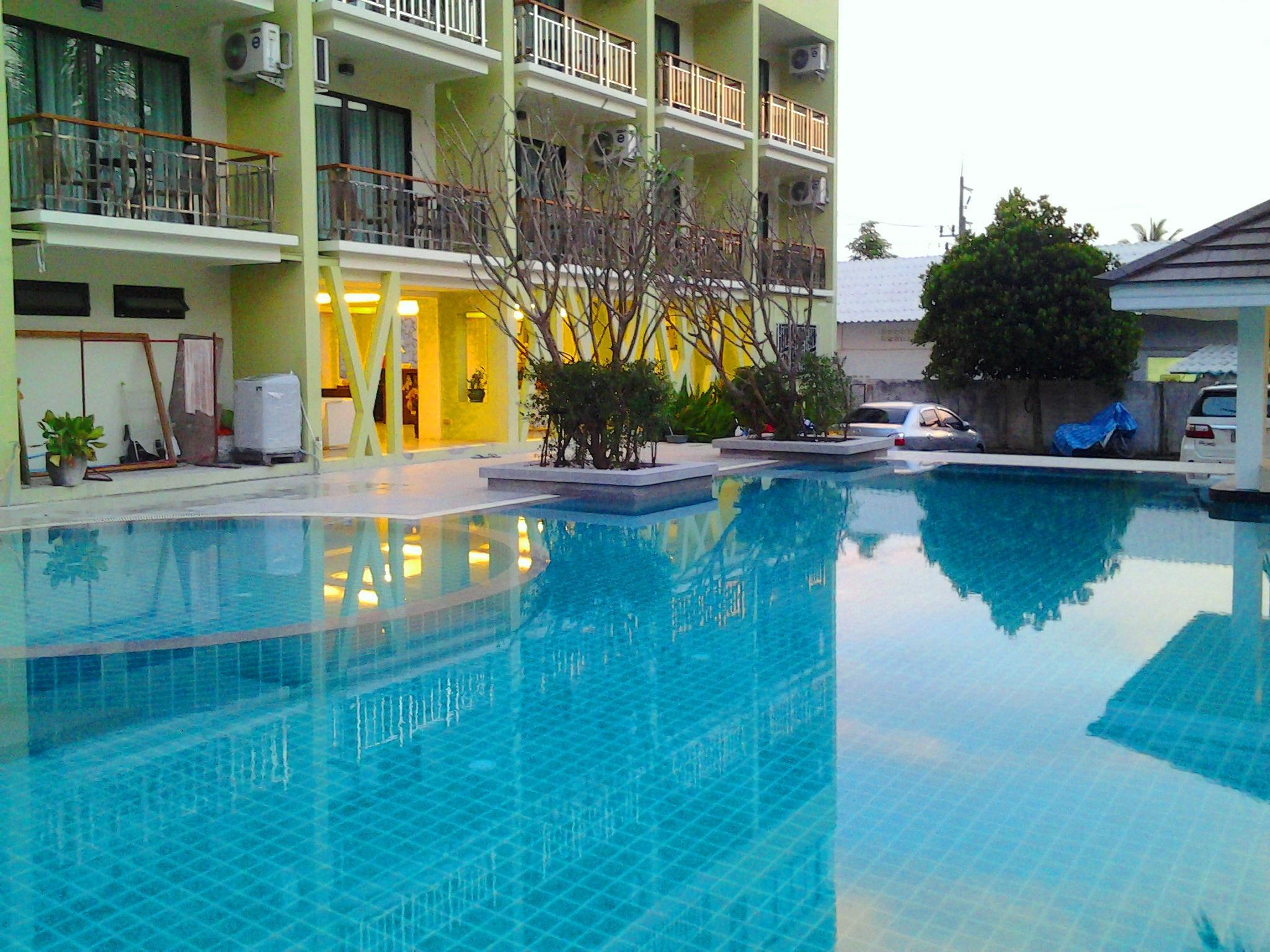 Hotell Kalim Beach Place i Patong, Phuket. Klicka för att läsa mer och skicka bokningsförfrågan