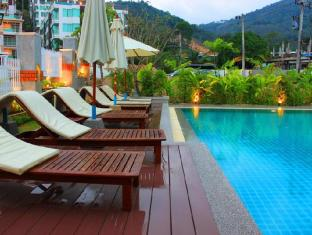 Kalim Beach Place Phuket - Swimmingpool