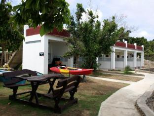 Philippines Hotel Accommodation Cheap | Camotes Flying Fish Resort Cebu - Seafront Cottages