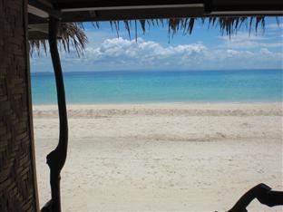 Budyong Beach Resort Cebu - Beach