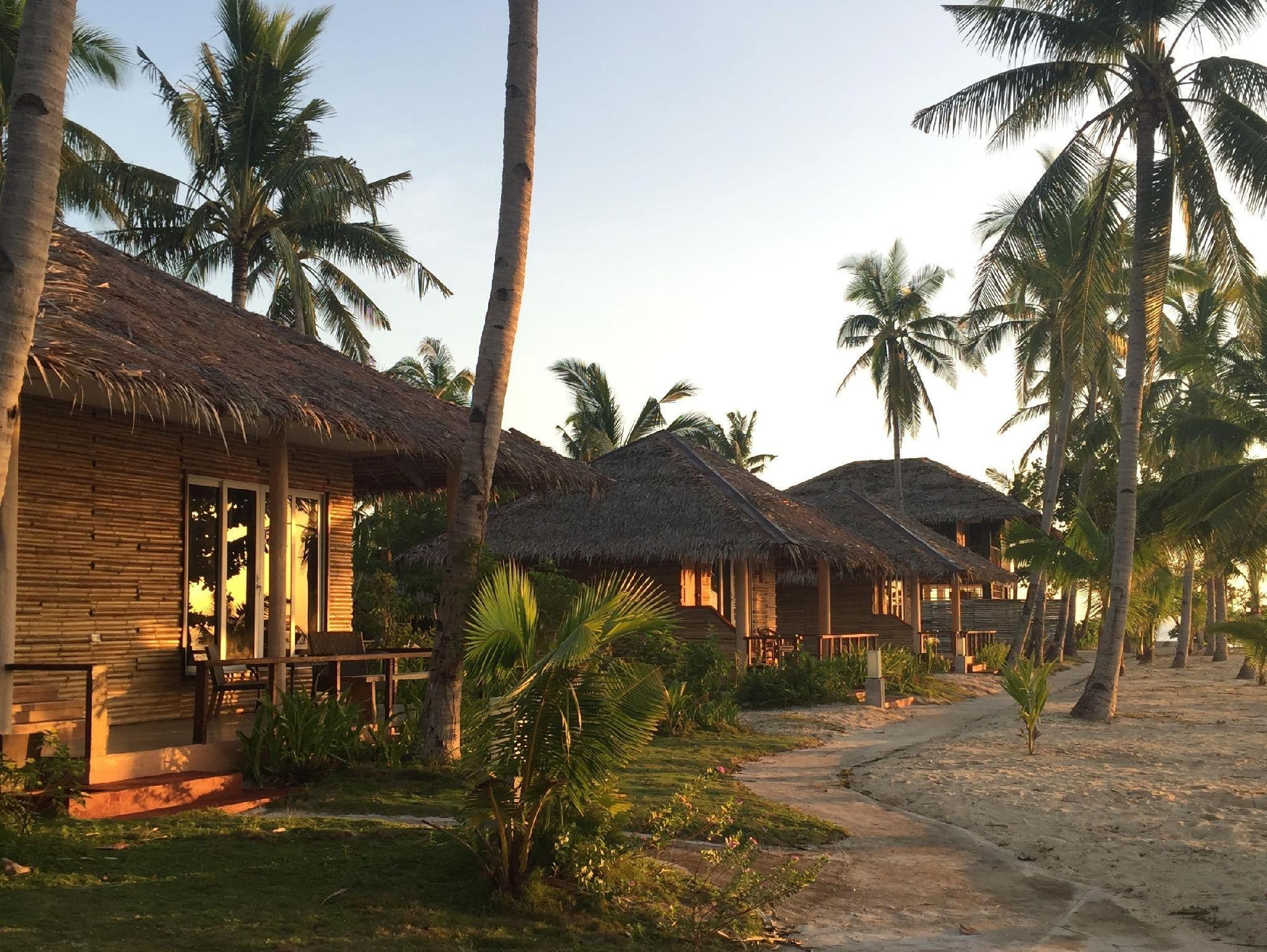 Kota Beach Resort Sebu