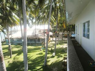 Warrens Beach Resort Себу - Балкон