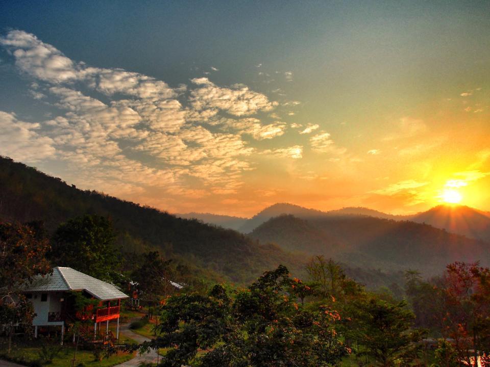 บ้านพราวฟ้า : ที่พักสวนผึ้ง จ.ราชบุรี