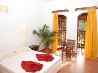 Sea Breeze Inn North Goa - Deluxe Room