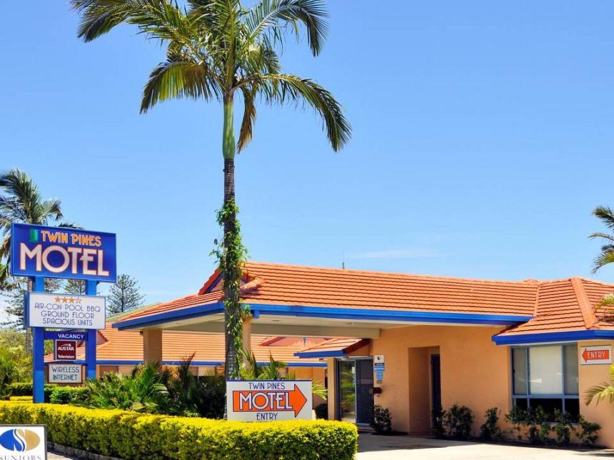 Yamba Twin Pines Motel - Hotell och Boende i Australien , Yamba