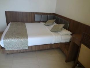 Hotel Royal Park Mumbai - Guest Room