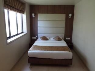 Hotel Royal Park مومباي - غرفة الضيوف