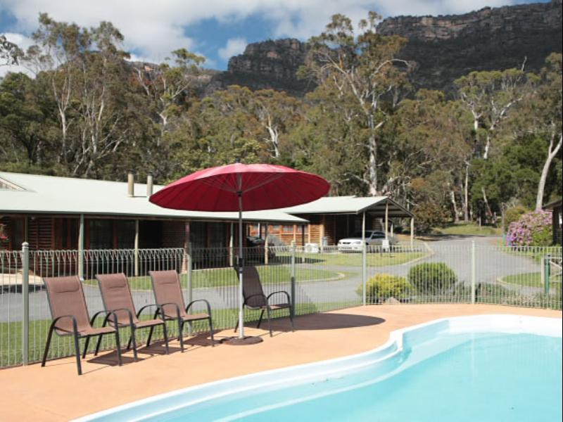 Halls Gap Log Cabins - Hotell och Boende i Australien , Grampians