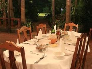 De Charmoy Estate Guest House Durban - Food, drink and entertainment