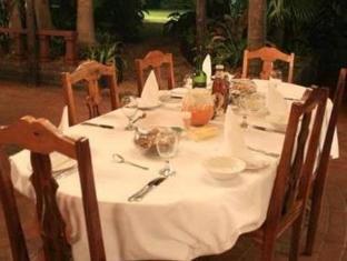 De Charmoy Estate Guest House Durban - Restaurant