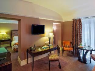 Jumeirah Grand Hotel Via Veneto Rome - Suite Room